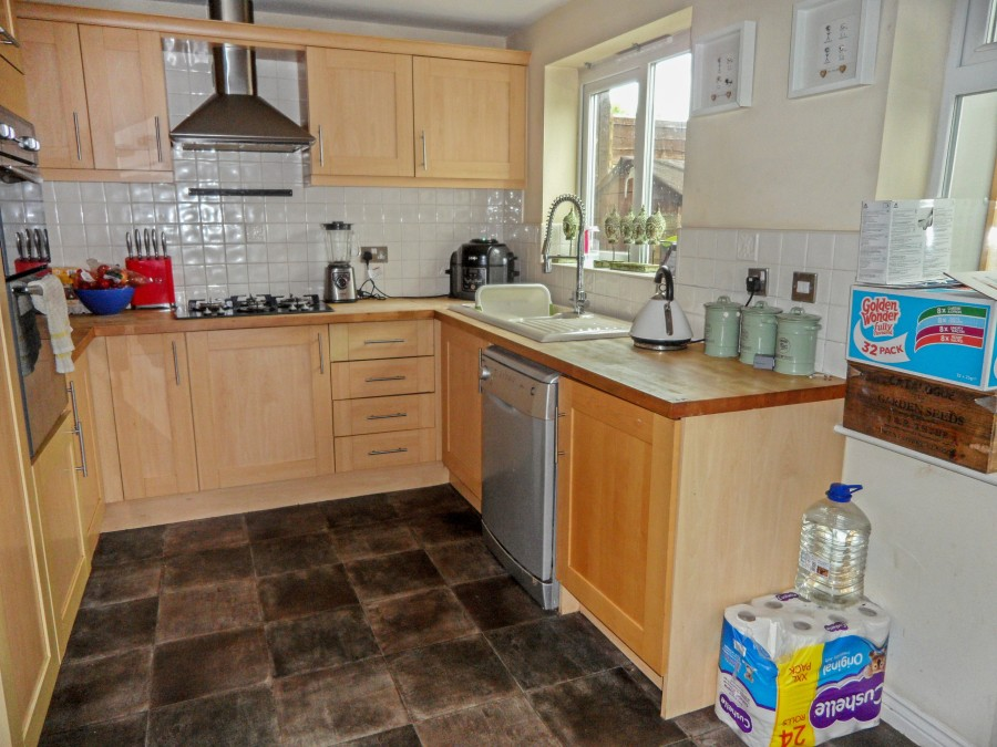 Images for Worcester Close, Rugeley EAID: BID:lsp